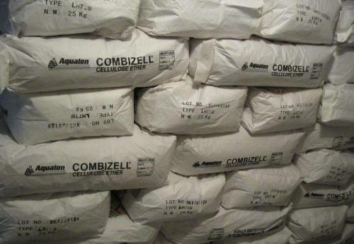 纤维素醚是以天然纤维素(纸浆)为基本原料,经碱化,醚化反应而生成的。这是一大类纤维素衍生物。