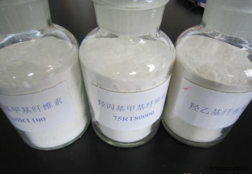 纤维素增稠剂增稠效果最突出的特点是显着的,赋予涂层一定的保水性,在一定程度上可以延缓涂料的干燥时间。